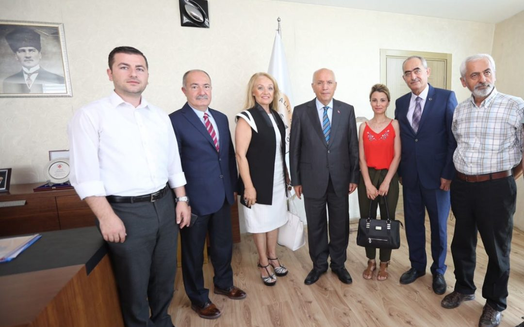 Yenimahalle Belediye Başkanı Sn. Fethi Yaşar'ı Makamında Ziyaret Ettik